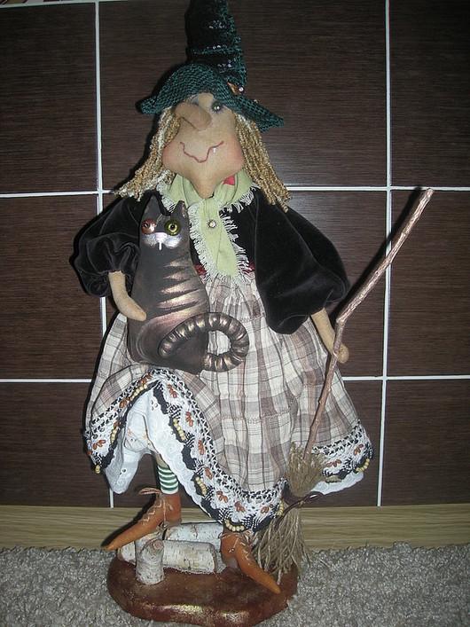 Сказочные персонажи ручной работы. Ярмарка Мастеров - ручная работа. Купить Кукла Колдунья с Котом. Handmade. Колдовство, подарок