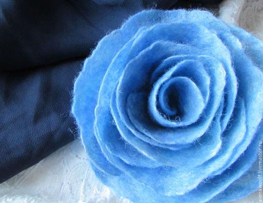 """Броши ручной работы. Ярмарка Мастеров - ручная работа. Купить Брошь """"Голубая дымка"""". Handmade. Голубой, брошь-цветок"""