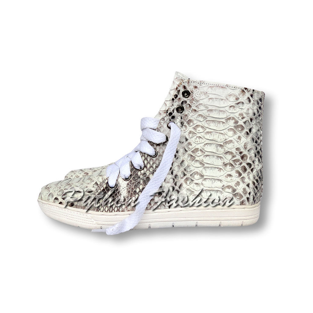 The sneakers Python. High sneakers Python. Fashionable sports shoes from Python. Stylish sneakers from Python. Converse sneakers from Python custom. Sneakers Python handmade. Womens sneakers converse