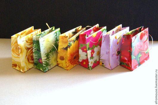 """Упаковка ручной работы. Ярмарка Мастеров - ручная работа. Купить микро-пакетики """"Цветы"""" 8х9х4 см. Handmade. Пакет с ручками"""