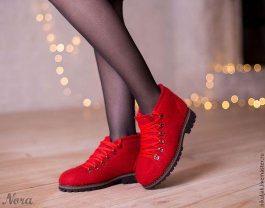 Обувь ручной работы. Валяные ботинки Красные. Nora (Nikuljak). Ярмарка Мастеров. Красные ботинки, демисезонная обувь, подошва ТЭП