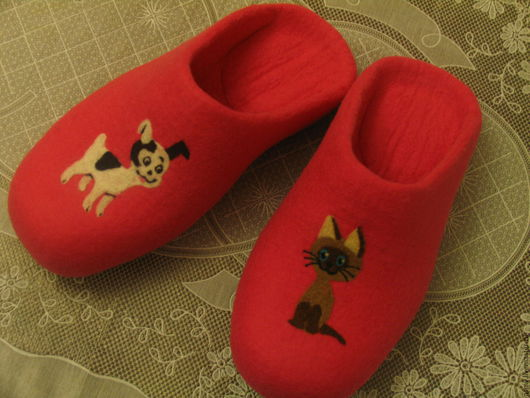 Обувь ручной работы. Ярмарка Мастеров - ручная работа. Купить Тапочки валяные, с рисунком, котенок Гав.. Handmade. Тапочки
