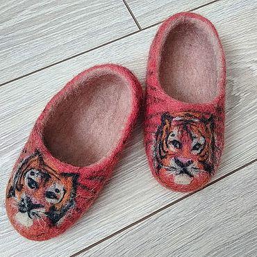 Обувь ручной работы. Ярмарка Мастеров - ручная работа Домашние тапочки из шерсти. Handmade.