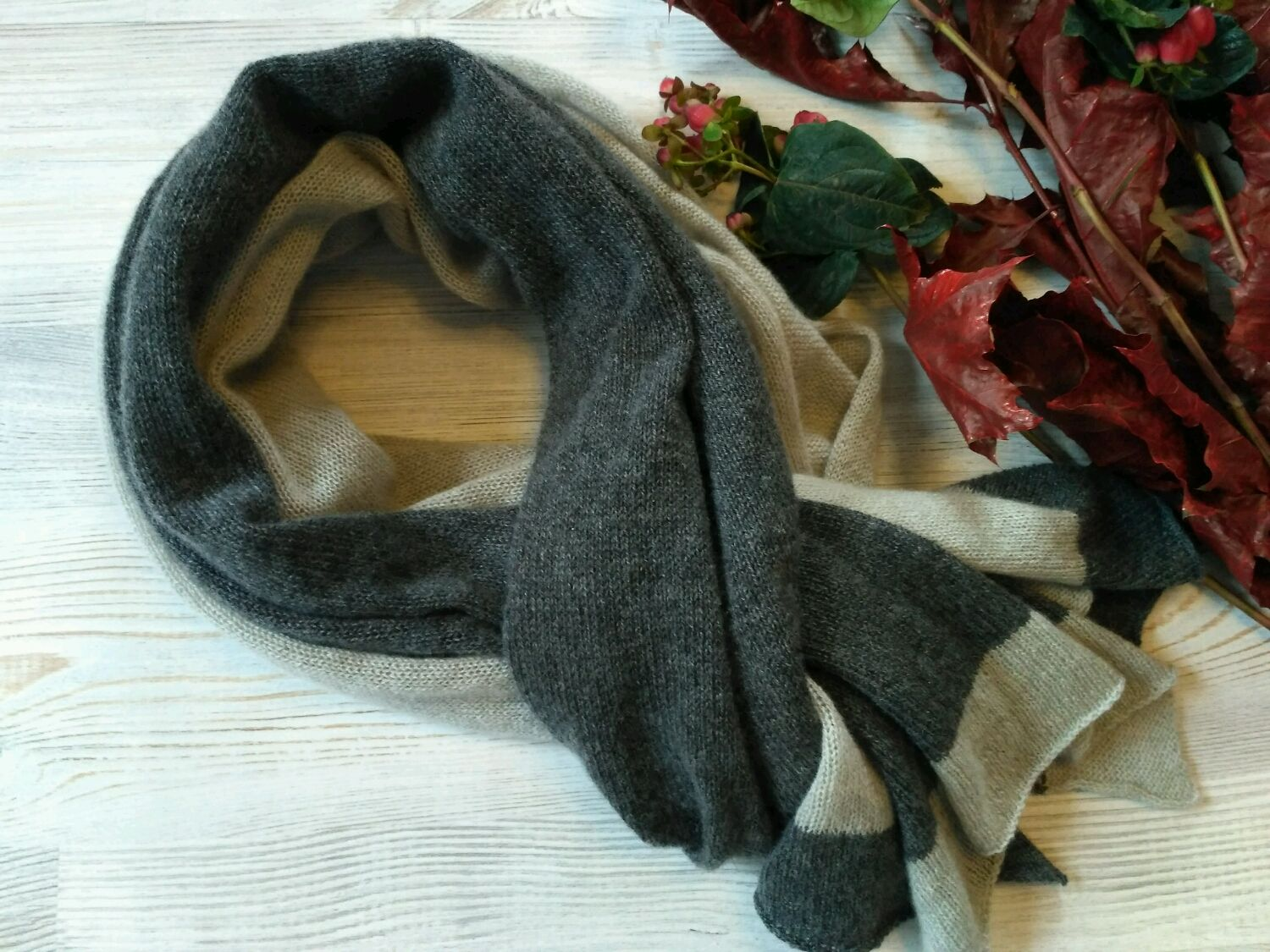 Scarf made of 100% cashmere Loro Piana and Cariaggi (Italy), Scarves, St. Petersburg,  Фото №1