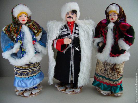 """Народные куклы ручной работы. Ярмарка Мастеров - ручная работа. Купить """"Казак и казачка в зимнем"""". Handmade. Дарская, казачка, дерево"""