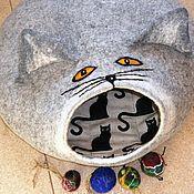 handmade. Livemaster - original item Cat house. Felted house - mink for your pet.. Handmade.