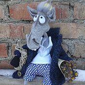 """Куклы и игрушки ручной работы. Ярмарка Мастеров - ручная работа Вязаная игрушка """"Конь в пальто"""". Handmade."""
