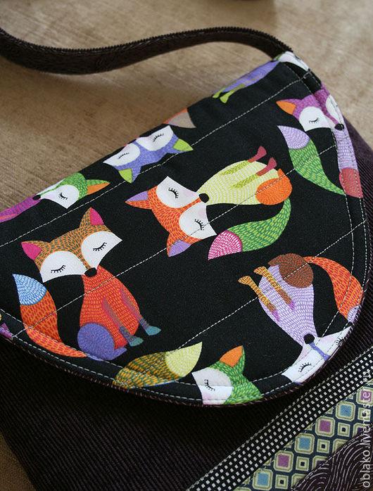 """Женские сумки ручной работы. Ярмарка Мастеров - ручная работа. Купить Вельветовая сумка """"Лисички"""". Handmade. Лисички, ткани для пэчворка"""
