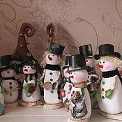 Подарки к праздникам ручной работы. Ярмарка Мастеров - ручная работа снеговики. Handmade.