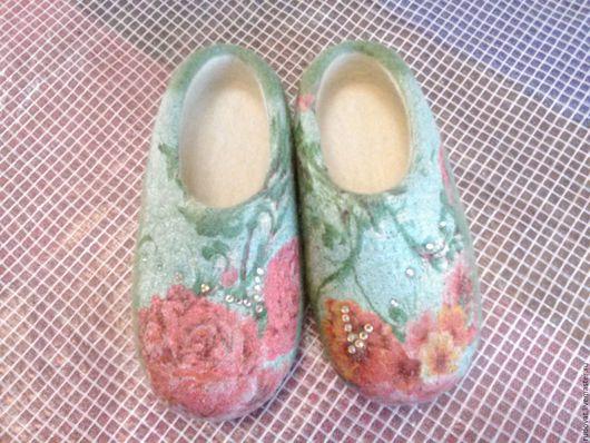 Обувь ручной работы. Ярмарка Мастеров - ручная работа. Купить Валяные тапочки.. Handmade. Зеленый цвет