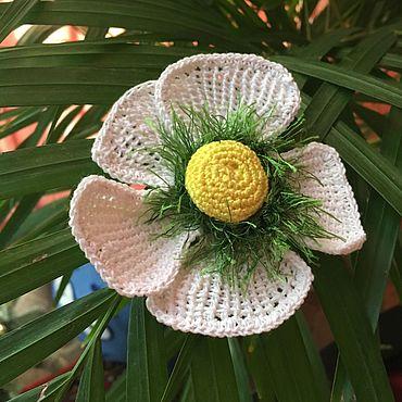 """Flowers and floristry handmade. Livemaster - original item Цветок вязаный """"Белоснежка"""". Handmade."""