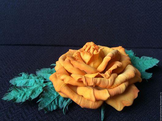 Брошь роза желто-оранжевая