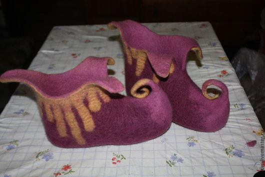 Обувь ручной работы. Ярмарка Мастеров - ручная работа. Купить Тапки-башмачки валяные для крупного эльфа. Handmade. Брусничный, экообувь