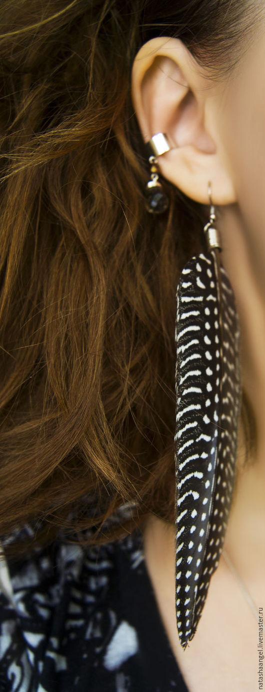 Серьги ручной работы. Ярмарка Мастеров - ручная работа. Купить Кафф и длинные серьги с перьями (коричневый цвет, украшения из перьев). Handmade.