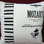 """Для дома и интерьера ручной работы. Ярмарка Мастеров - ручная работа Подушка """"Моцарт"""". Handmade."""
