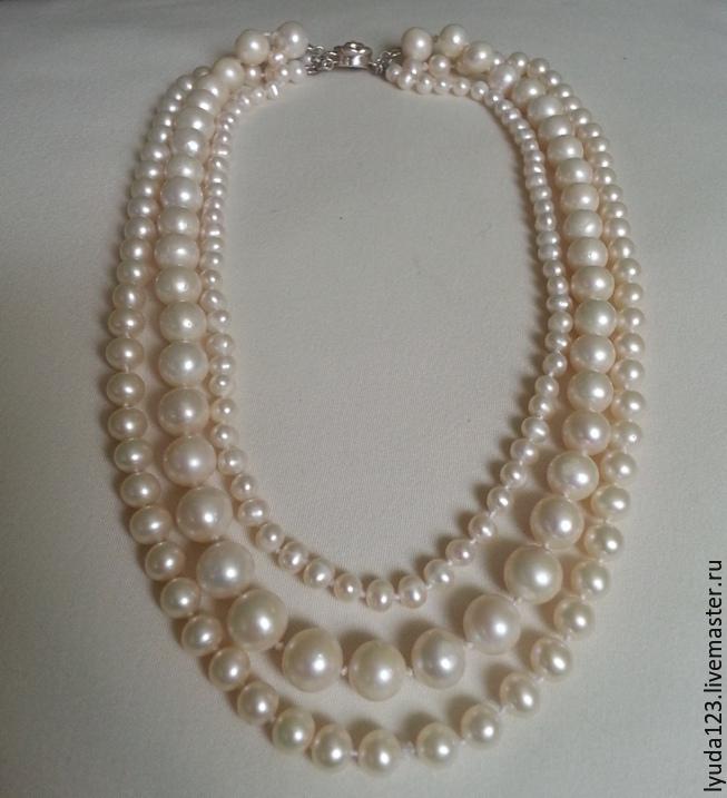 d4e4cc3d03c7 Collar de perlas de tres hilos de color blanco perla-
