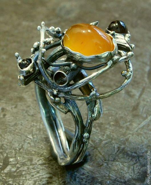 Кольца ручной работы. Ярмарка Мастеров - ручная работа. Купить #Кольцо серебро с сердоликом и гранатами. Handmade. Белый, Сердолик