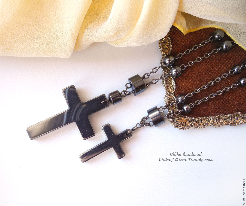 Можно носить иконку и крестик на одной цепочке