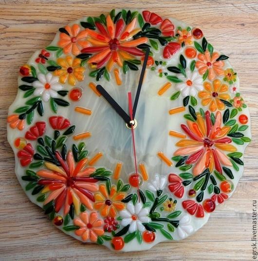 """Часы для дома ручной работы. Ярмарка Мастеров - ручная работа. Купить Часы из стекла """"Краски осени"""" фьюзинг. Handmade. Оранжевый"""
