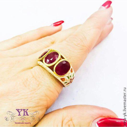 Кольца ручной работы. Ярмарка Мастеров - ручная работа. Купить Эффектное кольцо из серебра, позолоты, эмали и рубинов. Handmade. Кольцо