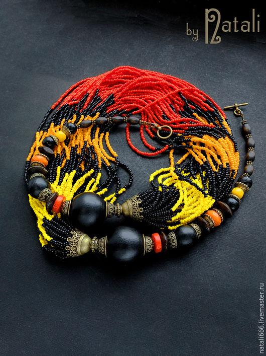 """Колье, бусы ручной работы. Ярмарка Мастеров - ручная работа. Купить Колье """"Африканский сувенир"""" - дерево, коралл, стекло, чешский бисер. Handmade."""