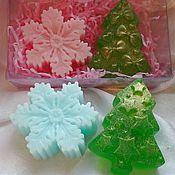 Косметика ручной работы. Ярмарка Мастеров - ручная работа Новогодний набор мыла. мыло елочка и мыло снежинка. Handmade.