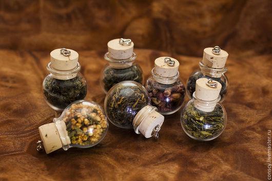 Кулоны, подвески ручной работы. Ярмарка Мастеров - ручная работа. Купить Кулоны для чаеманов. Handmade. Коричневый, бутылочка, зеленый чай