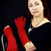 Аксессуары ручной работы. Ярмарка Мастеров - ручная работа перчатки длинные красные, шерсть, валяные. Handmade.