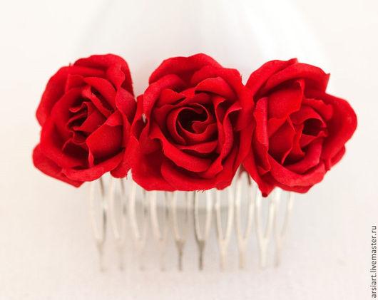 Свадебные украшения ручной работы. Ярмарка Мастеров - ручная работа. Купить Гребень с красными розами. Розочки. Для волос. Гребень в прическу.. Handmade.