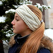 Повязки ручной работы. Ярмарка Мастеров - ручная работа Теплая вязаная повязка на голову. Handmade.