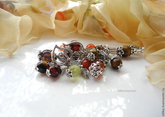Фото Брелок для ключей, украшение на сумку Моя Семья Разноцветный брелок - на заказ, брелок в подарок, оригинальный подарок, брелок на джинсы, купить стильный брелок, брелок для ключей, серебряный бре