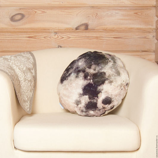 Текстиль, ковры ручной работы. Ярмарка Мастеров - ручная работа. Купить Подушка Луна – декоративная подушка в виде луны, льняная подушка. Handmade.