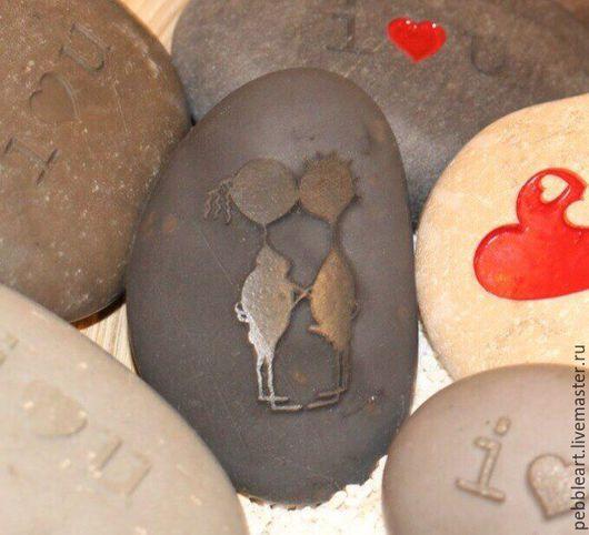 """Подарки для влюбленных ручной работы. Ярмарка Мастеров - ручная работа. Купить Подарочный камушек """"Мальчик-Девочка"""". Handmade."""