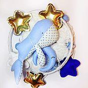 Работы для детей, handmade. Livemaster - original item Mobile in a crib made of felt and cotton - Blue whale. Handmade.