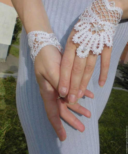 Слейв- браслеты кружевные, митенки кружевные, русское кружево, коклюшечное кружево, вологодское кружево, белый цвет, свадебный аксессуар,выпускной бал, заказать митенки