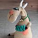 Куклы и игрушки ручной работы. Ярмарка Мастеров - ручная работа. Купить Коза, зеленые глаза. Handmade. Бежевый, смешной подарок