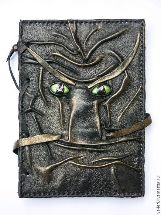 """Блокноты ручной работы. Ярмарка Мастеров - ручная работа. Купить Блокнот """"Взгляд Дракона"""" А5. Handmade. Черный, дракончик, драконы"""