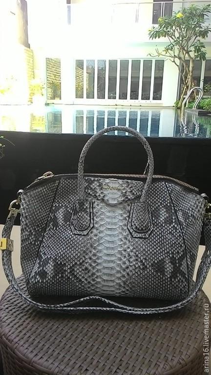 Женские сумки ручной работы. Ярмарка Мастеров - ручная работа. Купить сумка из питона, модель Givenchy. Handmade. Серый