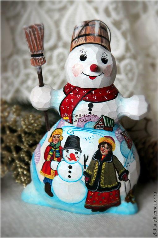 Новый год 2017 ручной работы. Ярмарка Мастеров - ручная работа. Купить Добрый снеговик (деревянный, резной, расписной). Handmade. Снеговик