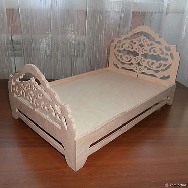 Куклы и игрушки ручной работы. Ярмарка Мастеров - ручная работа Кукольная кроватка 1255. Handmade.