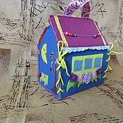 Куклы и игрушки ручной работы. Ярмарка Мастеров - ручная работа Домик-сумочка для кукол из фетра. Handmade.