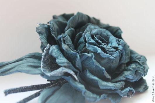 """Заколки ручной работы. Ярмарка Мастеров - ручная работа. Купить Заколка из кожи для волос """"Джинс"""". Handmade. Синий, джинсовая ткань"""