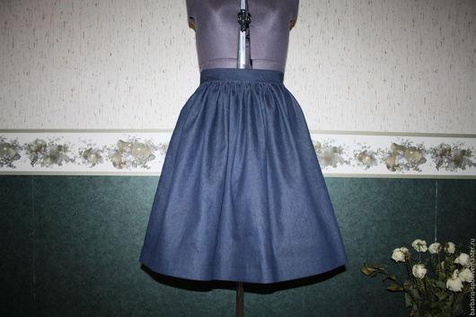 Джинсовая пышная юбка на поясе