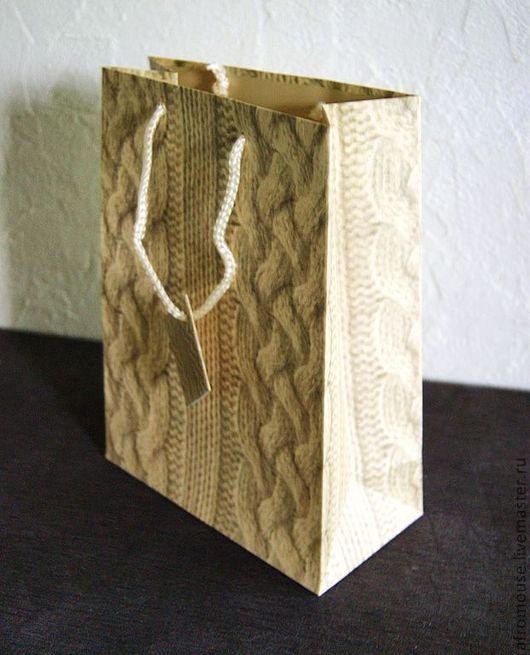 """Упаковка ручной работы. Ярмарка Мастеров - ручная работа. Купить Пакет """" Бежевое вязание"""" 19х25х9. Handmade. Пакет с ручками"""