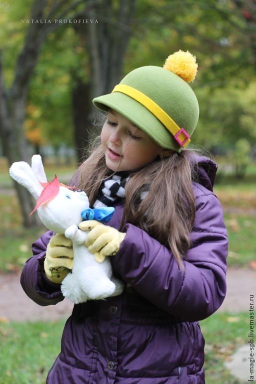 """Шапки и шарфы ручной работы. Ярмарка Мастеров - ручная работа. Купить Детская кепочка """"Жокейка"""". Handmade. Зеленый, жокейка для девочки"""