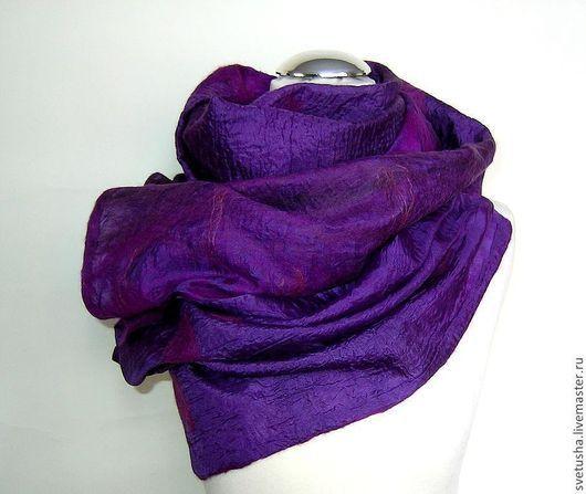 """Шали, палантины ручной работы. Ярмарка Мастеров - ручная работа. Купить Палантин валяный """"Темный фиолет"""" войлочный мериносовый шелковый шарф. Handmade."""