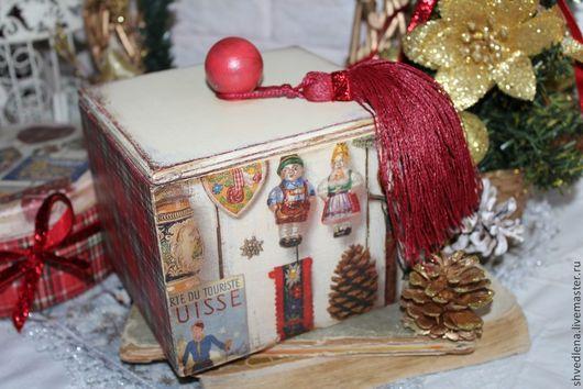 """Корзины, коробы ручной работы. Ярмарка Мастеров - ручная работа. Купить Короб для сладостей """"MERRY CHRISTMAS"""". Handmade. Ярко-красный"""
