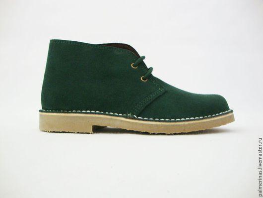 Обувь ручной работы. Ярмарка Мастеров - ручная работа. Купить Замшевые темно зеленого цвета ботинки. Handmade. Тёмно-зелёный