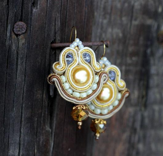 Сутажные серьги `Потертая роскошь` с жемчугом Сваровски и чешским винтажным стеклом