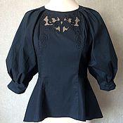 Одежда ручной работы. Ярмарка Мастеров - ручная работа Черная блузка с пышным рукавом, баской и вышивкой. Handmade.